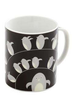 Penguin mug from Modcloth - I love that they look so purposeful. And there are more penguins on the handle, too Penguin Mug, Penguin Party, Penguin Love, Cute Kitchen, Vintage Kitchen, Retro Vintage, Kitchen Decor, Kitchen Dining, Penguins And Polar Bears