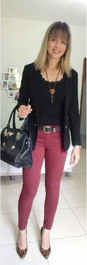 look de trabalho - executiva moderna - calça marsala - marsala -preto e marsala - scarpin de onça - animal print - onça e marsala - animal print e marsala