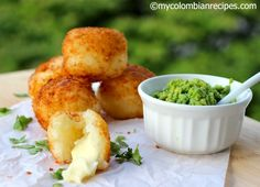 Bolitas de Yuca y Queso (Yuca Balls Stuffed with Cheese) My Colombian Recipes, Colombian Cuisine, Clean Recipes, Cooking Recipes, Healthy Recipes, Yucca Recipe, Melting Pot Recipes, Dominican Food, Spanish Dishes