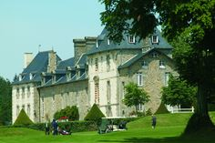 Camping***** Le Domaine des Ormes - Epiniac #Camping #Bretagne #Dol #Chateau #Golf