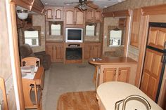 Used 2007 Keystone Everest Fifth Wheel For Sale In Colfax, NC - CFX521054 - Camping World. The sofa and bedroom are hideous but the layout is fine.