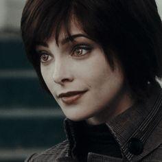 Alice Cullen, The Cullen, Alice Twilight, Twilight Movie, Twilight Saga, Jasper Twilight, Ashley Green, Alice And Jasper, Queen Alice
