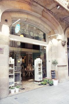 """""""Lolita Bakery"""" in Barcelona, just next to the Pedrera, Gaudi's second most popular building in the city. From Letizia Barcelona"""