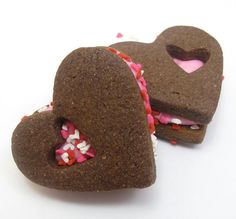 Hey, I found this really awesome Etsy listing at http://www.etsy.com/listing/174895594/valentines-day-sandwich-cookie