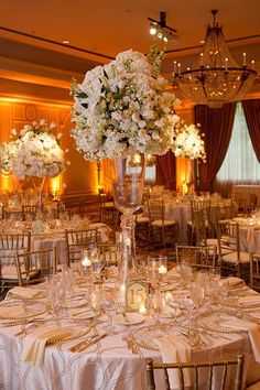 Texas Wedding: Ballroom Glamour at The Houstonian - MODwedding