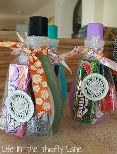 Cute inexpensive gift and all you need is nail polish remover, nail polish, bubble gum, and a finger nail file.