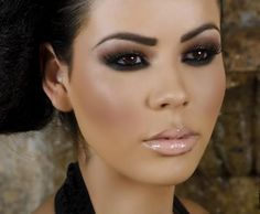 Smokey eyes + glossy nude lips =  one of my favorite makeup look ♥