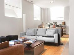 Te mostramos los mejores ejemplos de cerramientos, realizados en diferentes materiales, para independizar espacios, crear nuevas habitaciones o dotar de luz los rincones más oscuros de la casa.