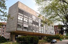 Fondation Suisse - Le Corbusier (Architect, 1930) by Chimay Bleue, via Flickr