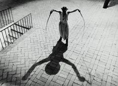 Marcello Mastroianni on the set of Rome, 1962 Marcello Mastroianni, Asa Nisi Masa, Fellini Films, British Magazines, Shadow Silhouette, Photo Black, Press Photo, Artistic Photography, Great Movies