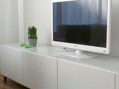 Yläkerran tv-taso Ikea bestå