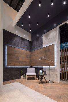 Stand Ventura on Behance Tile Showroom, Showroom Design, Showroom Ideas, Shoe Store Design, Timber Flooring, Drawing Room, Tiles, Building, Furniture