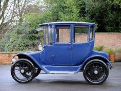 1915 Detroit Electric Brougham
