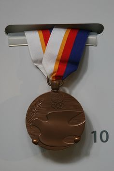 1998 Seoul Olympic Games, Bronze Medal, Edwin Moses, Track and Field 400 meter hurdles by cliff1066™, via Flickr