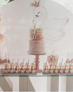 1st Birthday Girl Decorations, Birthday Cakes For Teens, Girl Birthday Themes, Birthday Cake Smash, First Birthday Cakes, Baby Birthday, Birthday Parties, Pool Party Kids, Black And White Wedding Cake