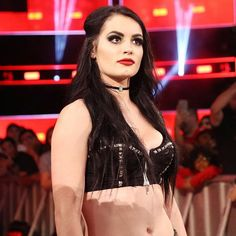 wwe Did you miss her? #RAW @realpaigewwe  2017/11/23 02:02:31