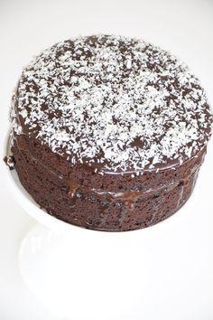 Godmorgon bloggisar! Så kul att ni kikar in hos mig. Hoppas att veckan har varit bra hittills. Jag ser faktiskt fram emot kvällens löparrunda. Vi trappar upp bra jag och Anette. Ikväll är det Anette s Bagan, Grandma Cookies, A Food, Food And Drink, Something Sweet, No Bake Cake, Chocolate Cake, Cake Decorating, Sweet Treats