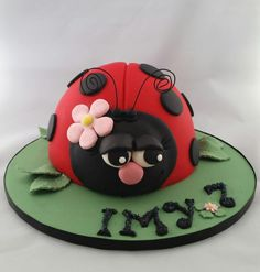 Sleepy Bug - Cake by BakedbyBeth