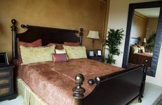 Great colour combination and love the walls.  Tuscan feel to it.