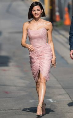 Jenna Dewan from The Big Picture: Today's Hot Photos World of Dance host, Jenna Dewan is spotted before her taping of Jimmy Kimmel Live! Jenna Dewan Hair, Denim Fashion, Fashion Outfits, Fashion Styles, Chin Length Bob, Spring Summer Trends, Hot Brunette, Girl Swag, Hairstyles Haircuts