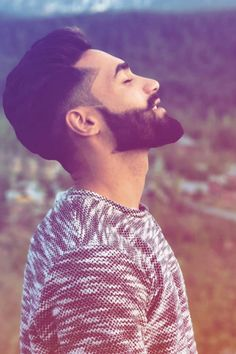 Every men is getting fade hairstyles for him day by day.To make it easy for you, we have shortlisted 30 top fade hairstyles for men in Medium Length Hair Men, Medium Hair Cuts, Medium Hair Styles, Short Hair Styles, Haircut Medium, Mens Hairstyles With Beard, Cool Hairstyles For Men, Cool Haircuts, Fine Hairstyles