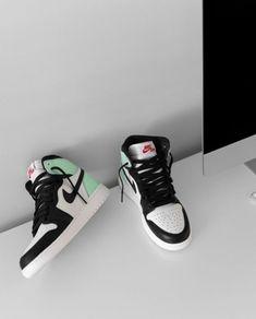 Dr Shoes, Hype Shoes, Jordan Shoes Girls, Girls Shoes, Cute Sneakers, Shoes Sneakers, Sneakers Women, Shoes Women, Shoes Heels