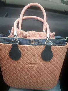 Oclock, Hobo Bag, Fashion Bags, Burberry, Swag, Casual Outfits, Handbags, Purses, Stuff To Buy