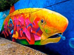 street art in cascais, portugal ... is AWESOME!!!