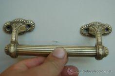 Antiguo tirador de latón o bronce, para puerta, modernista, principios del siglo XX, 17 € + ??