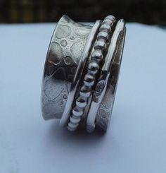 Sterling Silver Spinner ring von FreshSnowJewelry auf Etsy