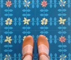 Blue-Vinyl-Floor-Tiles-Blue-Mary-19-99-per-M2-Retro-funky-patterned
