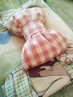 Handmade zipper pouch - Bow pouch