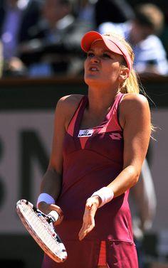 Tuesday, June 4, 2013 - Women's QF / French Open - Errani v. Radwańska.   Agnieszka Radwańska gets frustrated during her loss against Italy's Sara Errani. Tuesday, June 4, 2013. © FFT