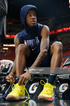 Ja Morant of the Memphis Grizzlies laces up his shoes prior to the game against the Miami Heat at American Airlines Arena on October 2019 in Miami, Florida. Get premium, high resolution news photos at Getty Images Nba Kings, American Airlines Arena, Memphis Grizzlies, Larry Bird, Oklahoma City Thunder, San Antonio Spurs, Houston Rockets, New York Knicks, Nba Players