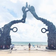 """386 Me gusta, 15 comentarios - 🙋🏻 Mariana Riveiro (@modahypeada) en Instagram: """"La postal de Playa del Carmen, en la última de las playas. Homenaje al mar.  🙌 #playadelcarmen #viajehype #standcommunity #playdelcarmenhype #mexico…"""""""