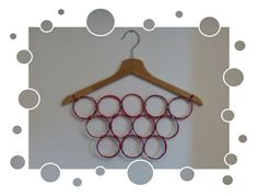Portaoggetti (collane, sciarpine, cravatte ecc.) cannucce di quotidiano riciclato, vecchio appendiabiti - Carmen Benelli