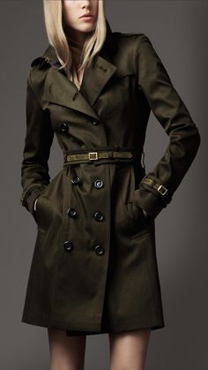 Burberry - SUEDE TRIM TRENCH COAT