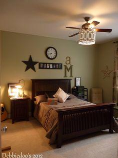 Teen boys bedroom makeover! - Debbiedoo's
