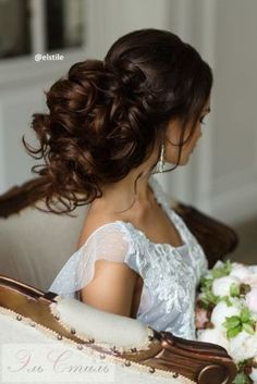 Trendy Wedding Hairstyles : Featured Hairstyle: Elstile www. Curly Wedding Hair, Wedding Hairstyles For Long Hair, Wedding Hair Pieces, Vintage Hairstyles, Cool Hairstyles, Hairstyle Ideas, Bridal Hair Inspiration, Fashion Inspiration, Headband Hairstyles