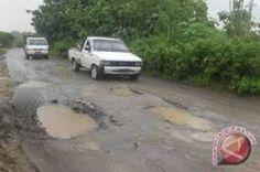 Kondisi Jalan Seperti Kubangan Kerbau, Yusuf Sikumbang: Perbaiki Jelang Lebaran