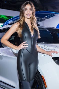 24 Neoprene Wetsuit Styles So Hot You Could Wear Them In The Arctic Ocean! Sexy Outfits, Leather Tights, Scuba Girl, Leder Outfits, Womens Wetsuit, Grid Girls, Leotards, Sexy Women, Spandex