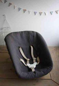 Mooie hoezen voor de newbornsets van Stokke  Tripp Trapp kinderstoelen. Gemaakt van goede kwaliteit wafelkatoen.