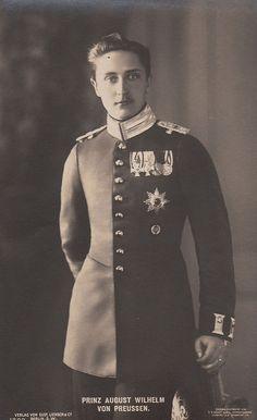 Prinz August Wilhelm von Preussen, Prince of Prussia Regina Victoria, Queen Victoria, Princess Victoria, German Royal Family, Royal Princess, Princess Diana, Prince Héritier, Royal King, Royal Families