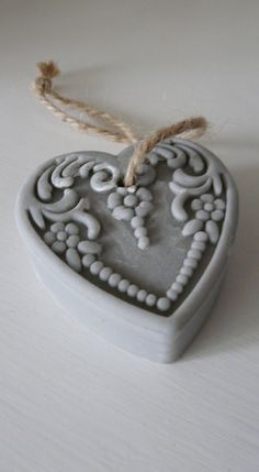 Heart soap what a cutie! Soap On A Rope, Savon Soap, Decorative Soaps, Soap Carving, I Love Heart, Bath Soap, Soap Packaging, Cold Process Soap, Home Made Soap
