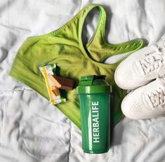 Spor yaparken protein almayı ihmal etmeyin!  www.idealbeslen.com 0536 612 9009 whatsapp #spor #sporcu #kalite #yaşam #zayıflama #vanilya #çikolata #lezzet #bar #protein #ara #öğün #bademli #fıstıklı #limonlu