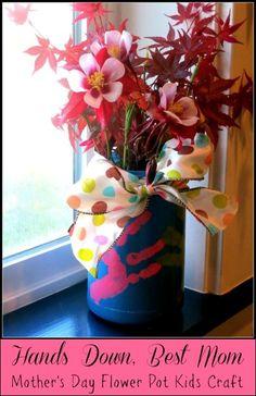 Mother's Day Handprint Flower Pot #Kids #Craft