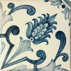 Изразцы и изразцовая плитка в португальском стиле азулежу