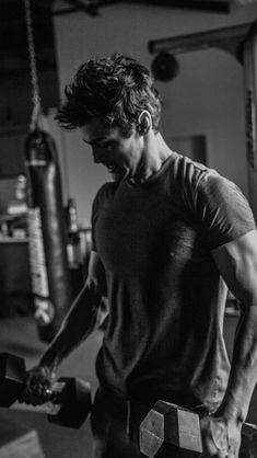 "tmi-tv-show-news: "" ""matthewdaddario: Give me a few months and I'll post photos of   lifting. @albertorosende  @nunodesalles76 "" (x) """