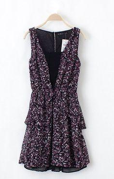 Elastic Waist V-neck Pleating Hem Splicing Floral Dress
