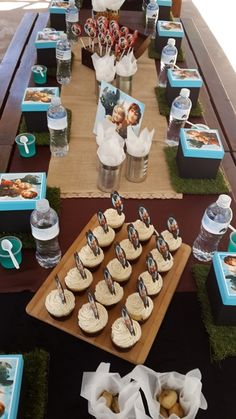 How to Train Your Dragon Party Table